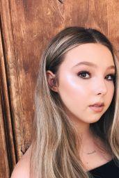 Sophia Lucia - Social Media Pics 09/08/2017