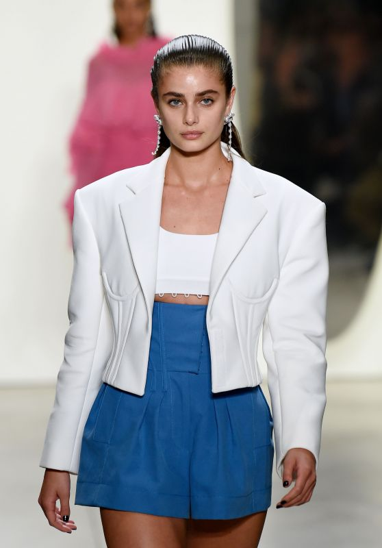 Taylor Hill Walks Prabal Gurung Show - NYFW in NYC 09/10/2017