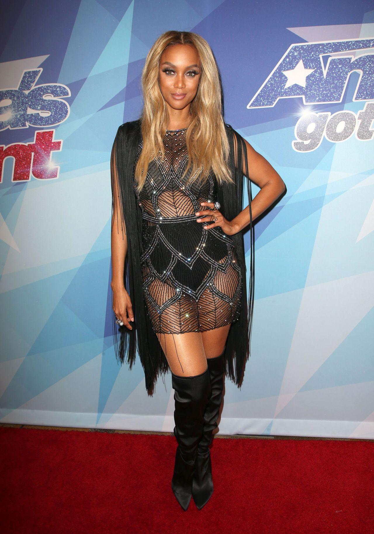 Tyra Banks – America's Got Talent Season 12 Live Show in ...