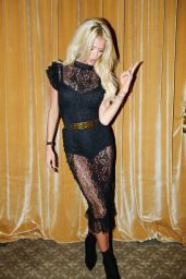 Victoria Silvstedt – Harper's Bazaar ICONS Party in New York 09/08/2017