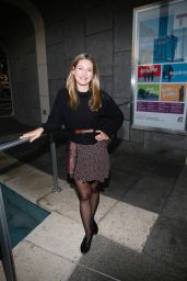 """Zoe Perry - """"Head of Passes"""" Play Opening Night in Los Angeles 09/24/2017"""