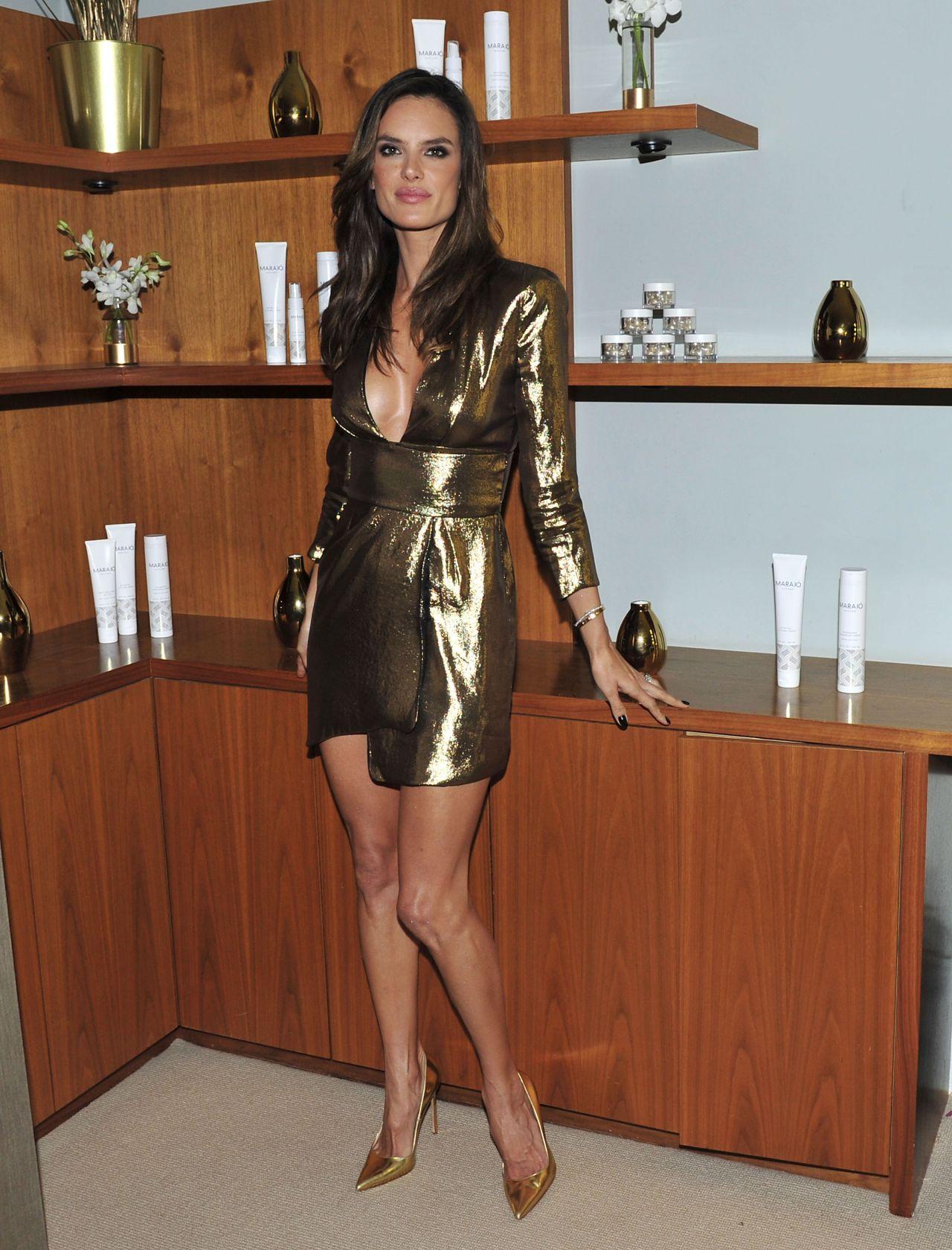 Alessandra Ambrosio - ... Alessandra Ambrosio Twitter