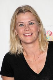 "Alison Sweeney – ""A Time For Heroes"" Family Festival LA 10/29/2017"
