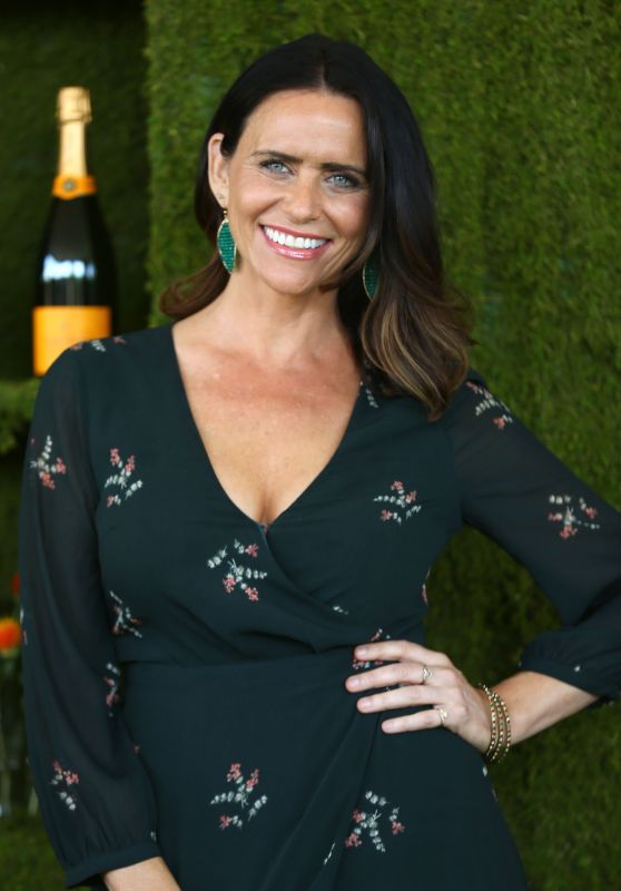 Amy Landecker – Veuve Cliquot Polo Classic 2017 in Los Angeles
