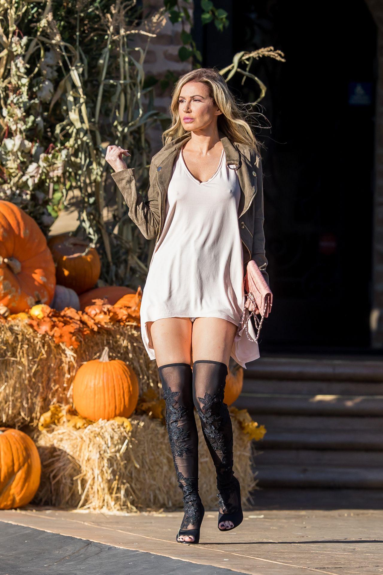 Ana Braga Hot Street Style - Los Angeles 10/14/2017