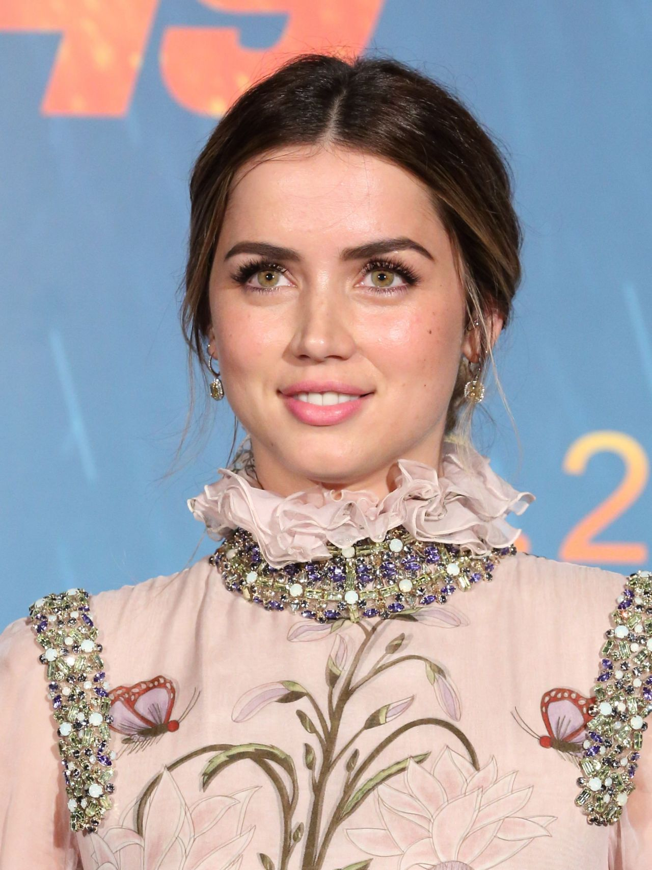 Ana de armas hands of stone 2016 - 3 part 10
