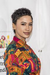 """Andy Allo – """"A Time For Heroes"""" Family Festival LA 10/29/2017"""