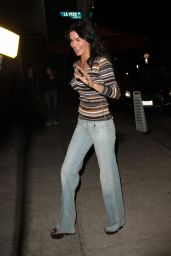 "Angie Harmon - ""Craigs"" Restaurant in West Hollywood 10/25/2017"