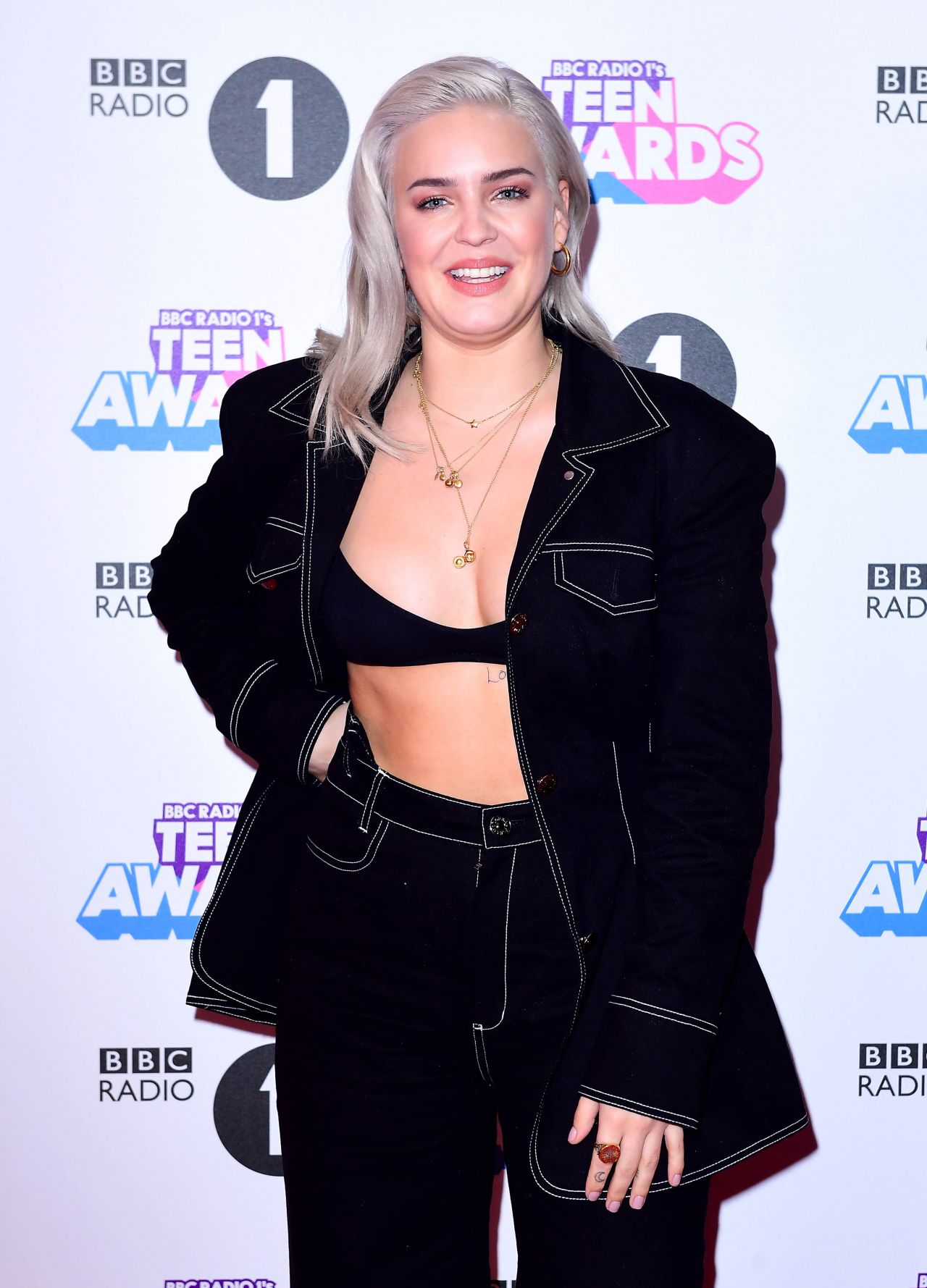 Anne Marie Bbc Radio 1 Teen Awards 2017 In London