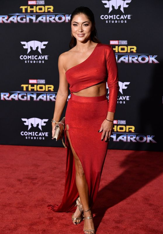 "Arianny Celeste – ""Thor: Ragnarok"" Premiere in Los Angeles 10/10/2017"