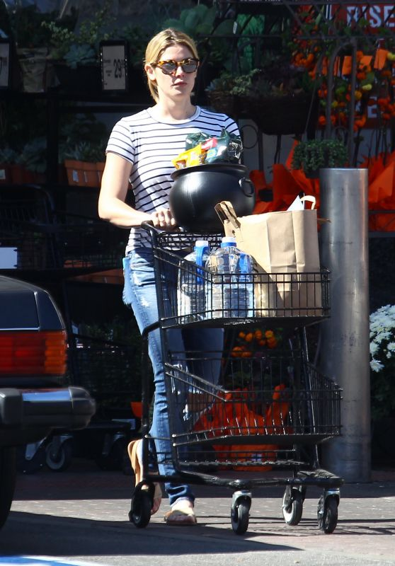 Ashley Greene Leaves Pavilions Supermarketin Beverly Hills 10/10/2017