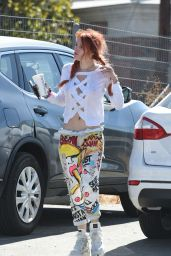 Bella Thorne Style - Out in Los Angeles 10/06/2017