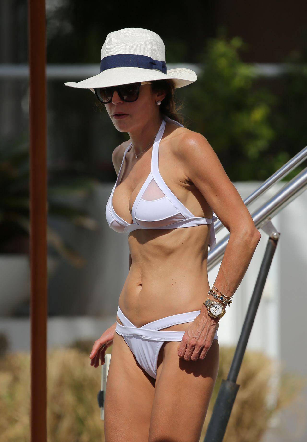 Bethenny Frankel in White Bikini in Miami Beach 10/09/2017