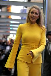 "Blake Lively Visits ""Good Morning America"" in NYC 10/16/2017"