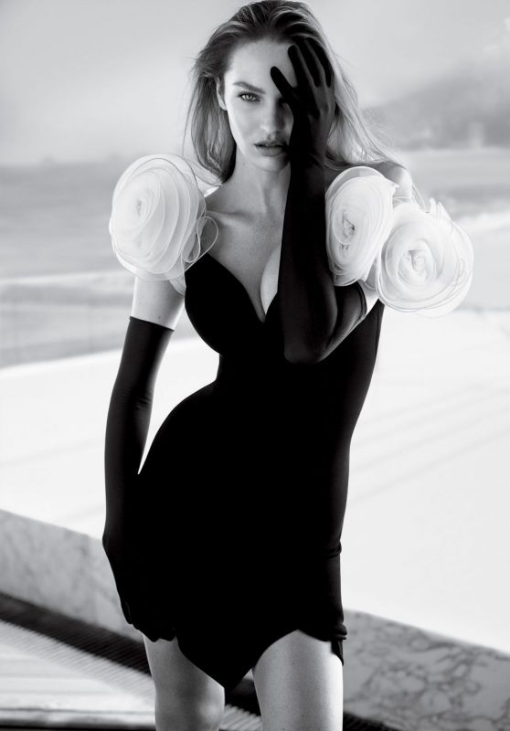 Candice Swanepoel - Vogue Magazine Brazil November 2017