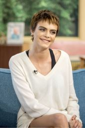"Cara Delevingne at ""This Morning"" TV Show in London 10/09/2017"