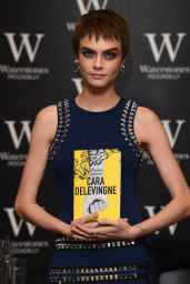 """Cara Delevingne - Signing of Her Novel """"Mirror, Mirror"""" in London 10/04/2017"""