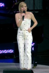 Carly Rae Jepsen - Performs Live at David Foster Foundation Gala in Vancouver 10/21/2017