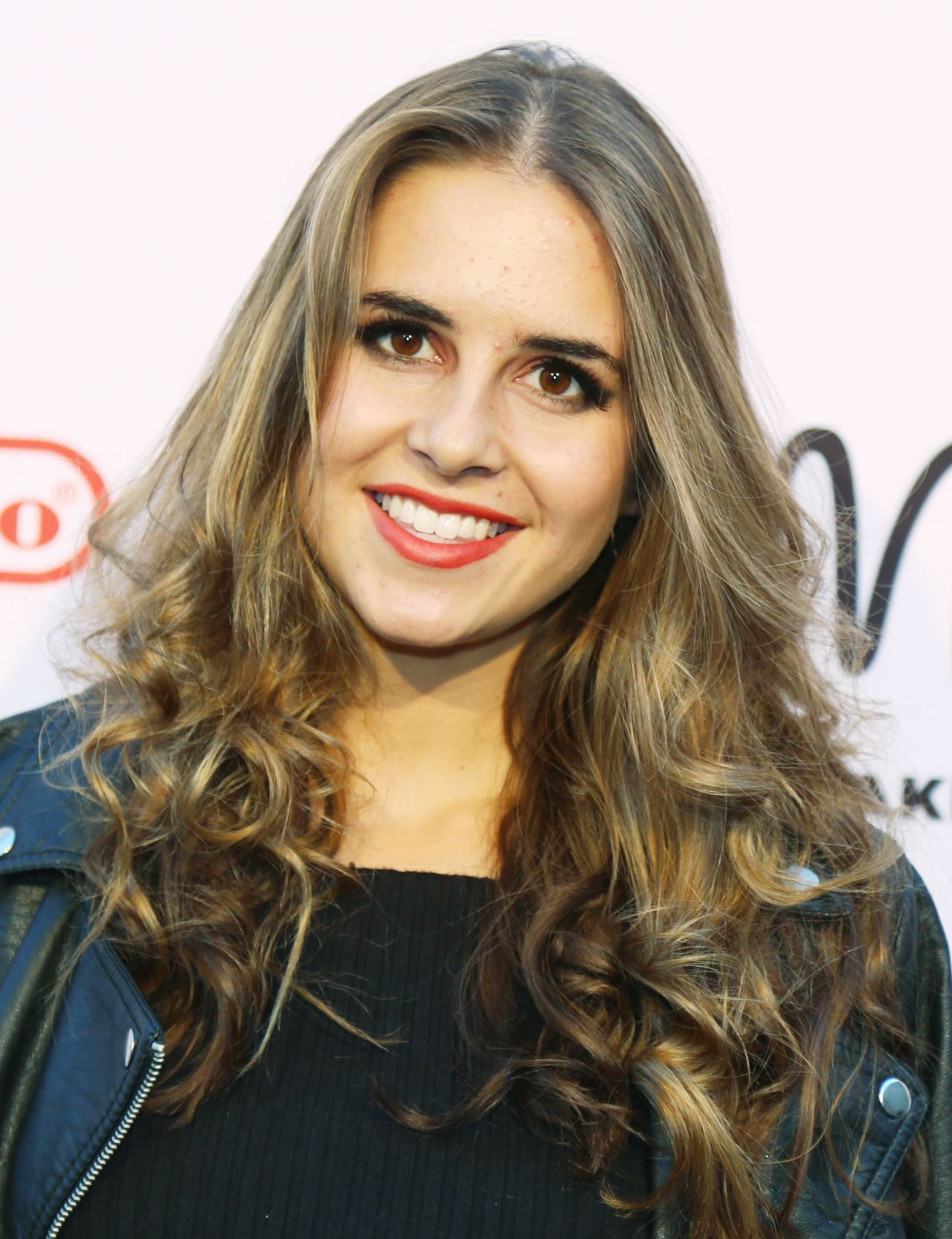 Watch Carly Rose Sonenclar video