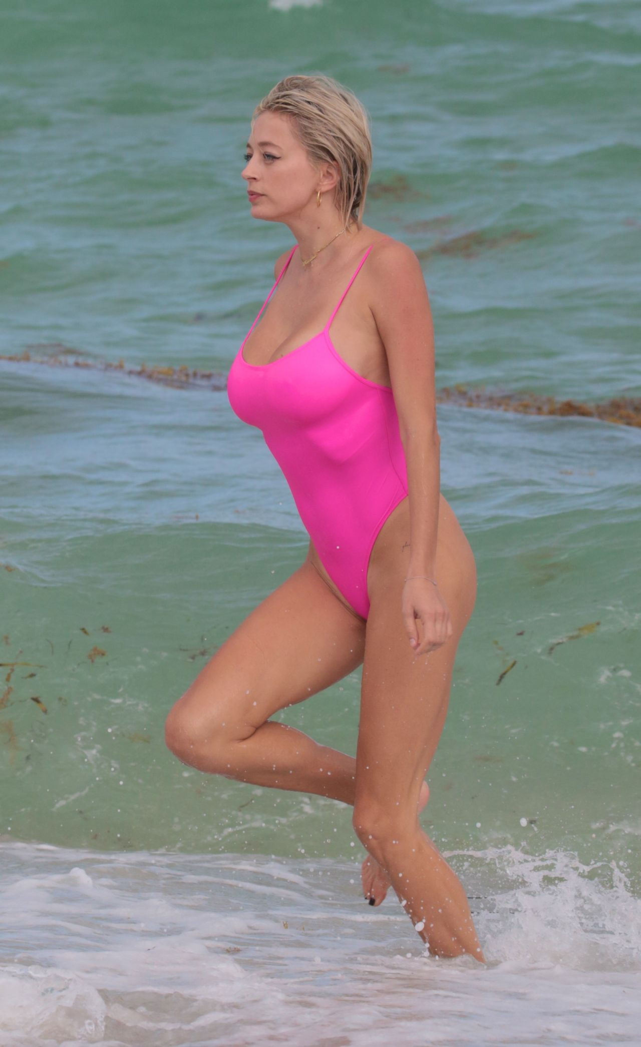 A Pink Vreeland The Beach In Caroline Swimsuit Miami 10 At fg6vY7byI