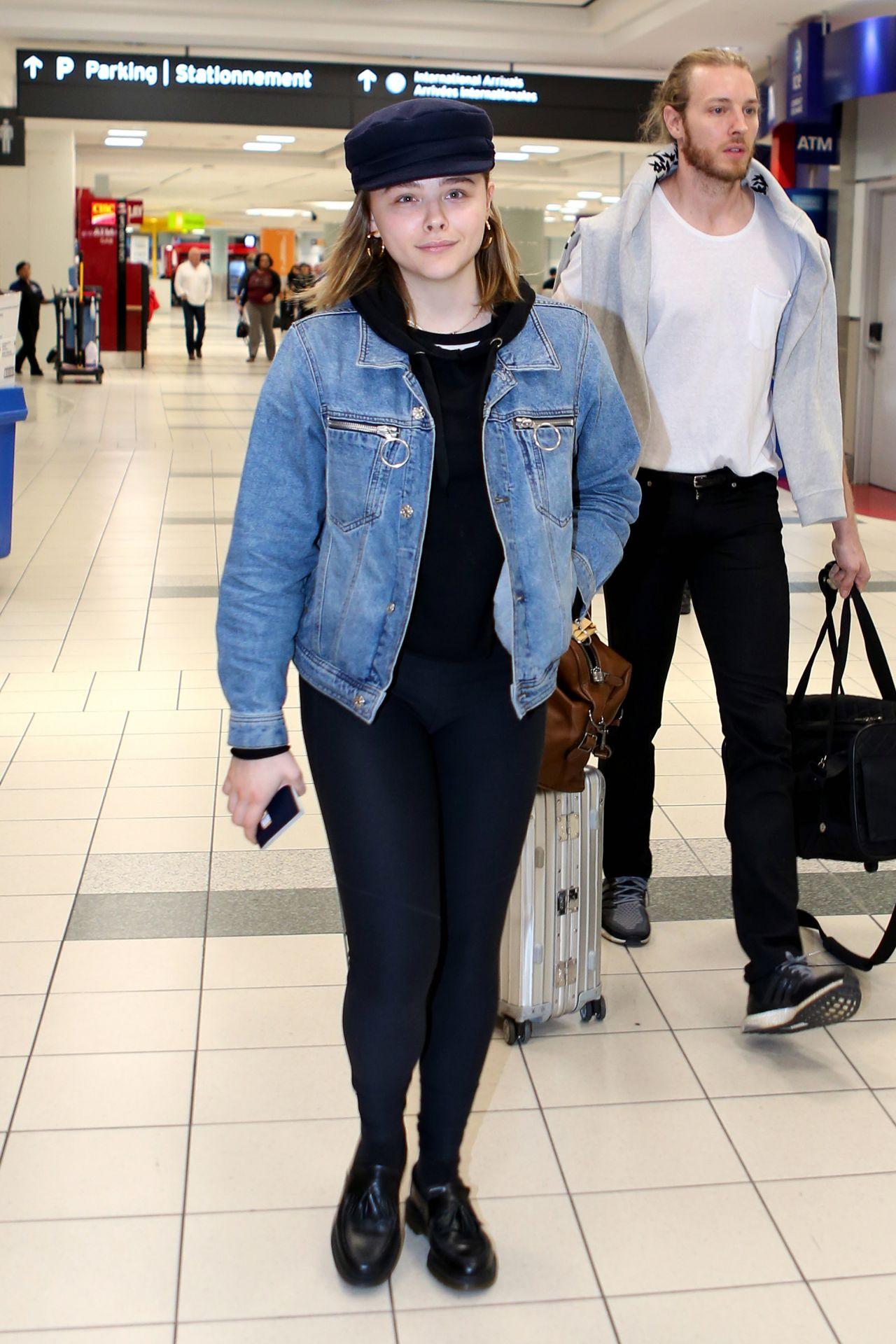 Chloe Grace Moretz in Leggings at Toronto Airport in Toronto 10/25/2017