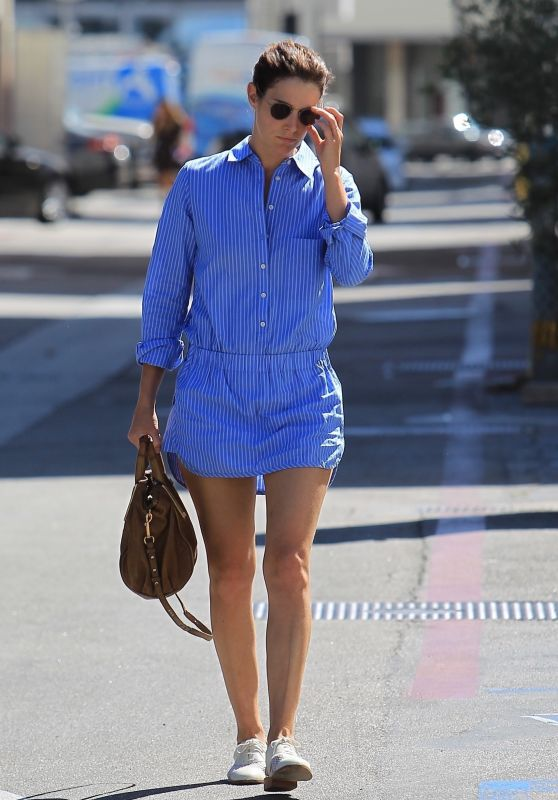 Cobie Smulders Cute Outfit - Shopping on Rodeo Drive in Beverly Hills 10/16/2017