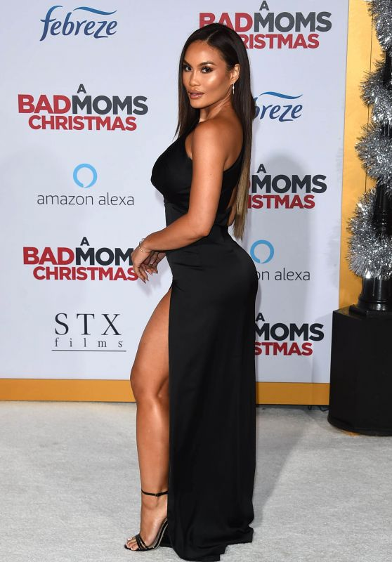 "Daphne Joy – ""A Bad Moms Christmas"" Premiere in Westwood"