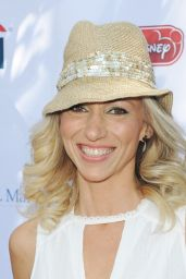 Debbie Gibson - Foundation Family Day in LA 10/07/2017