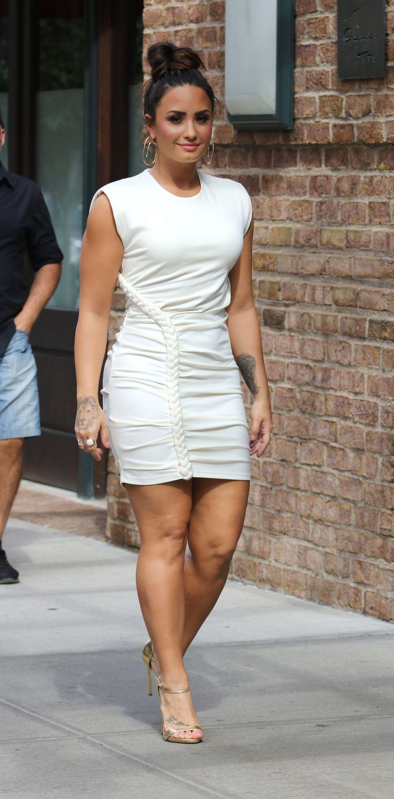 Demi Lovato in White Mini Dress - Manhattan\'s Tribeca Neighborhood ...