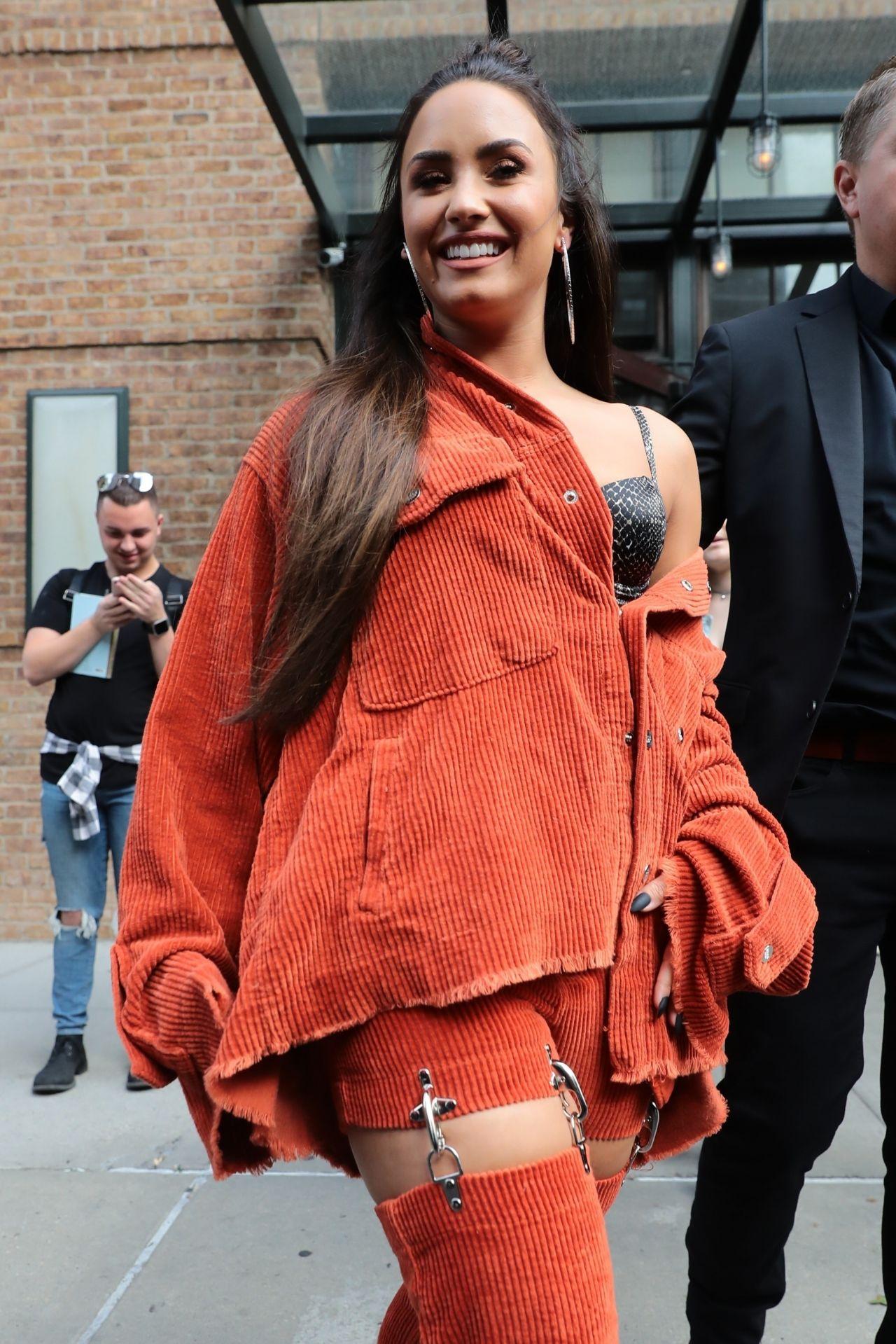 Demi Lovato Leaving Her Hotel In New York City 10 07 2017