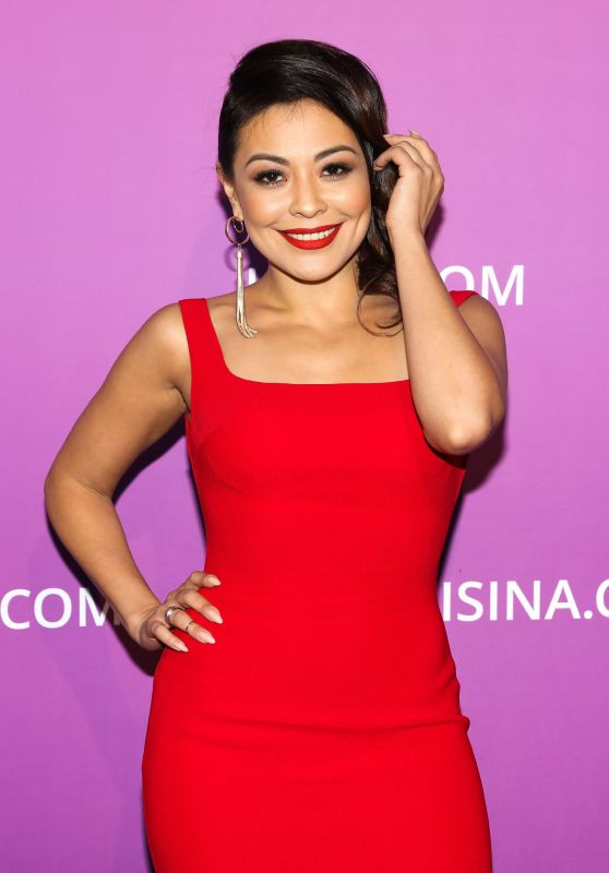 Dilnaz Akhmadiyeva – Isina Global Gala in Los Angeles
