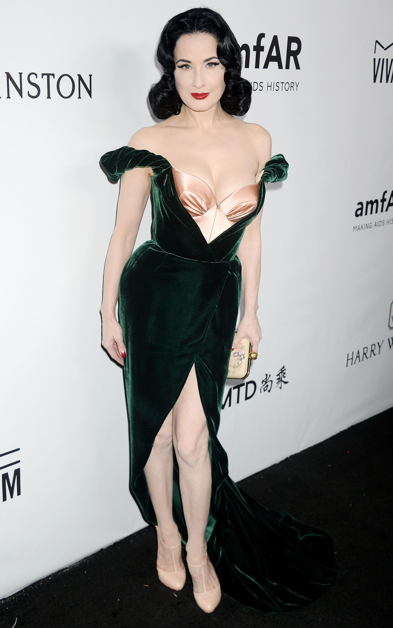72e435252fd7 Dita Von Teese Latest Photos - Page 3 of 8 - CelebMafia