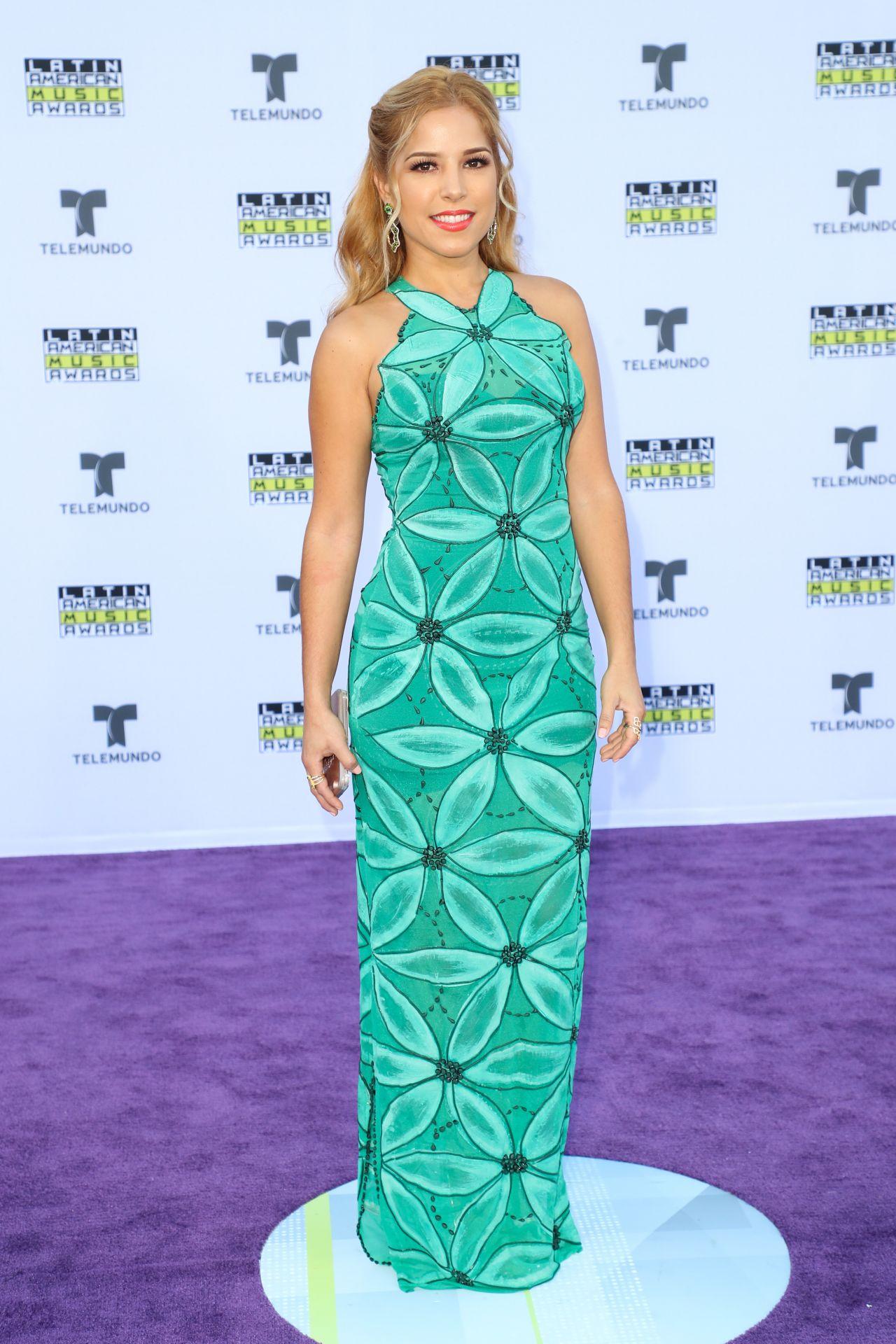 Elva Saray – Latin American Music Awards 2017 in Hollywood