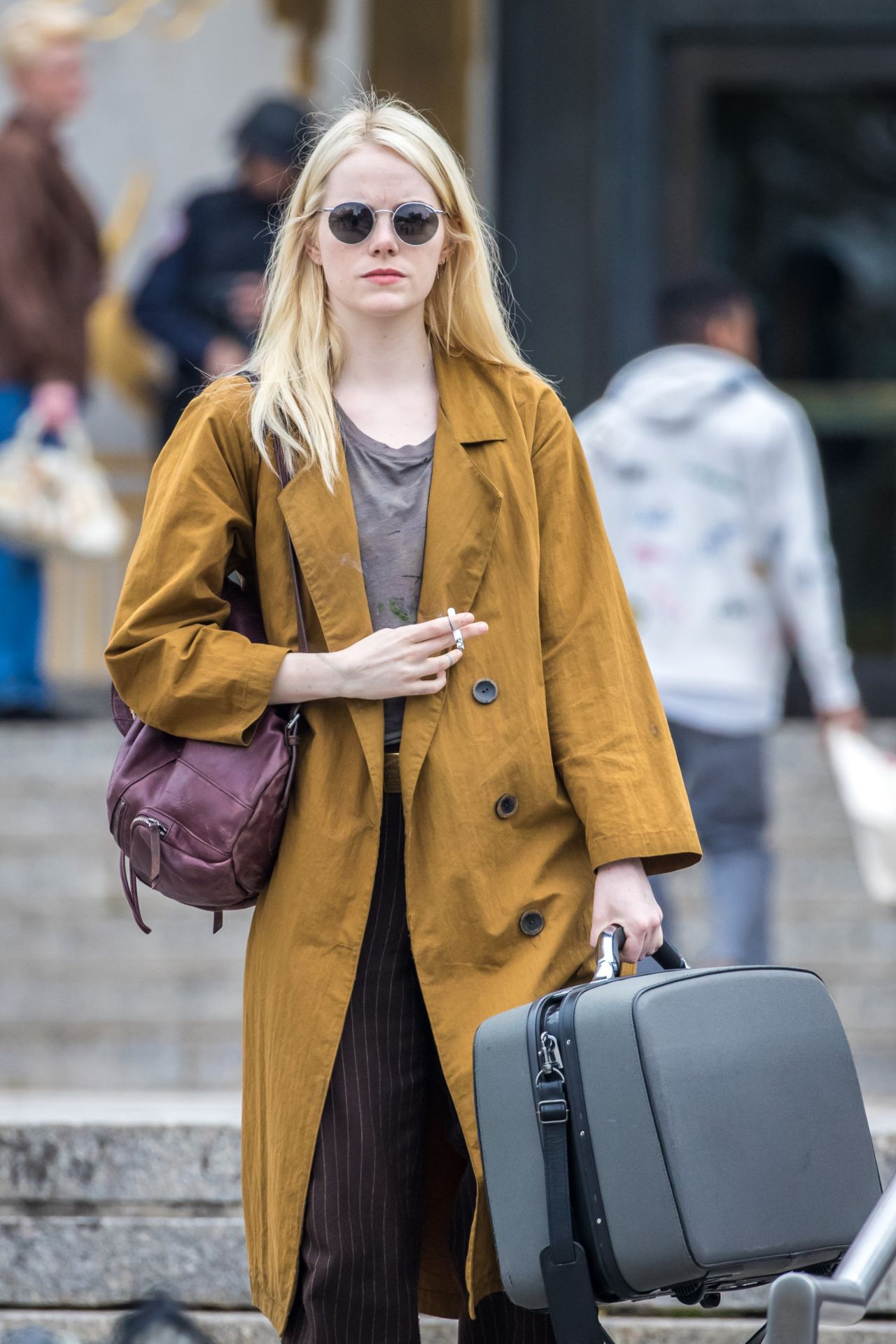 Emma stone shooting scenes on the set of maniac in long island nyc naked (75 pic)