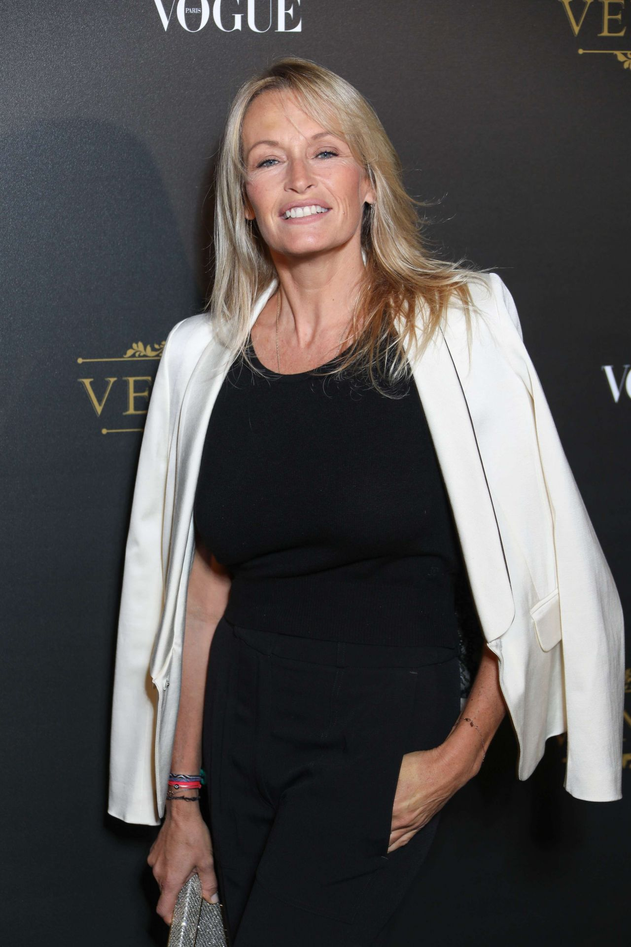 Kate Vernon pictures