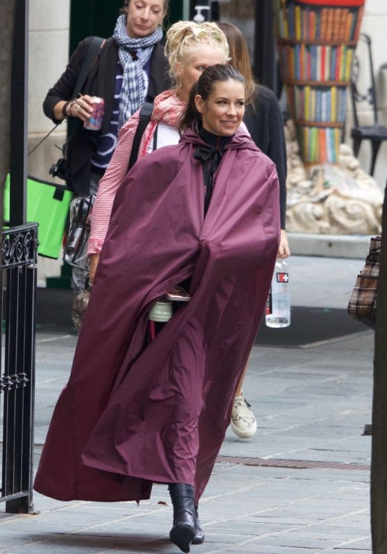 "Evangeline Lilly - ""Ant-Man And The Wasp"" Set in Atlanta 10/17/2017"
