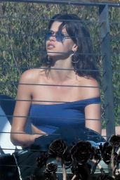 Georgia Fowler in Swimsuit - Enjoys a Meal by the Ocean in Malibu 10/22/2017