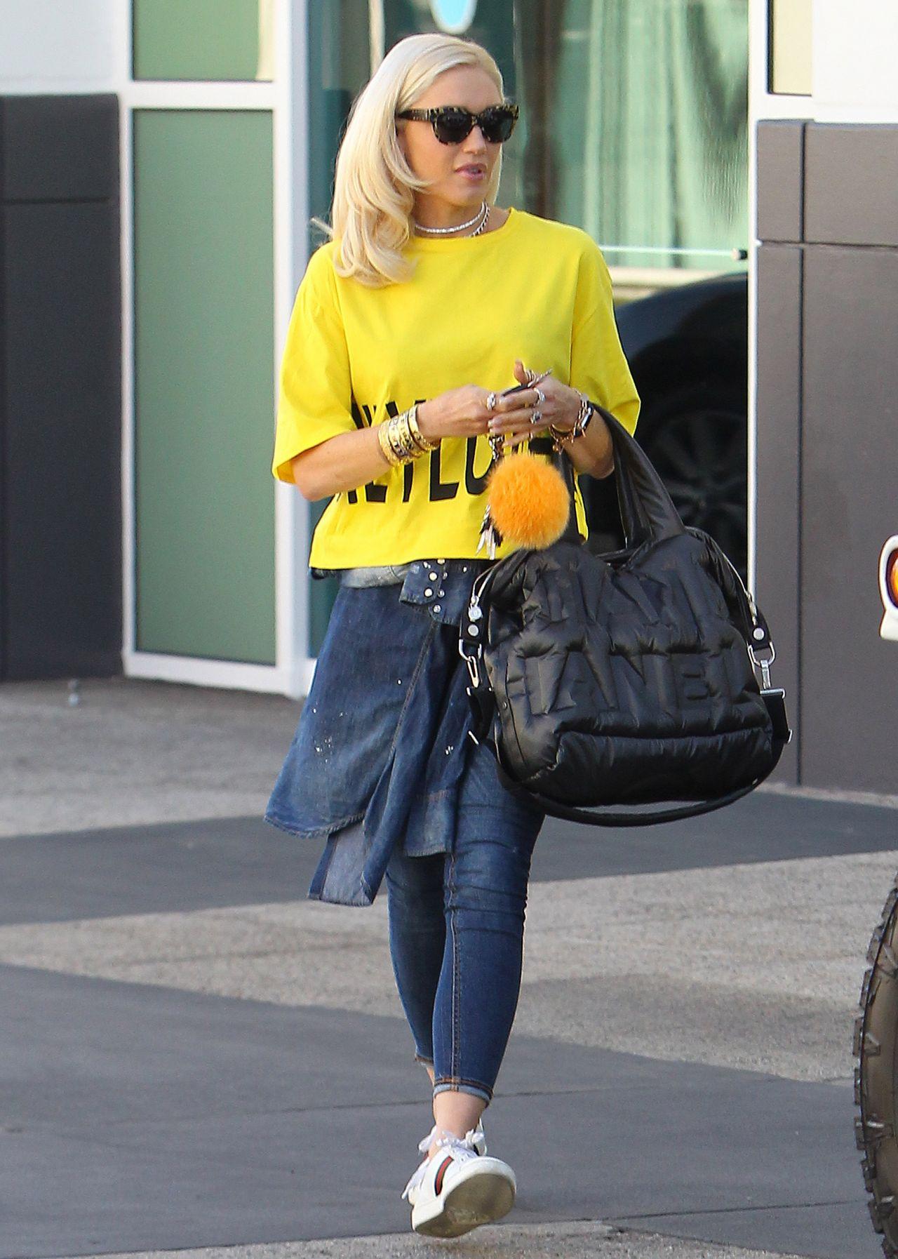 Gwen Stefani Street Style , Leaving a studio in Los Angeles