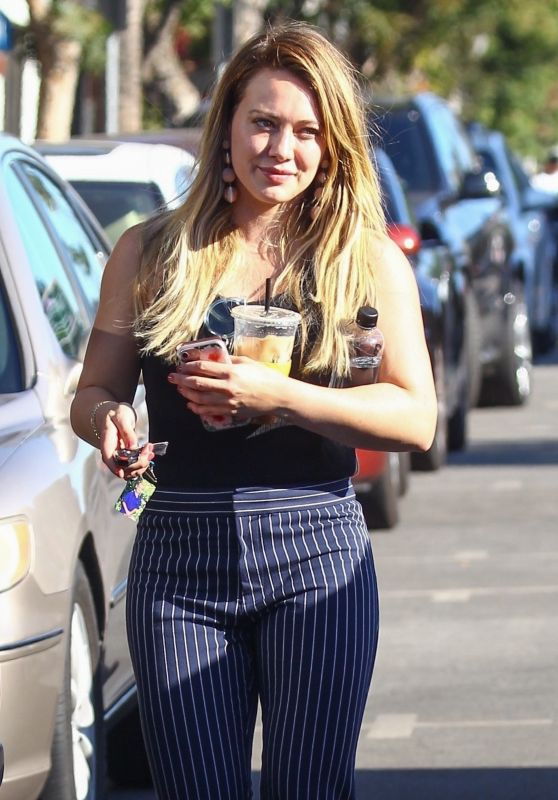Hilary Duff Casual Style - Out and About in Studio City 10/25/2017