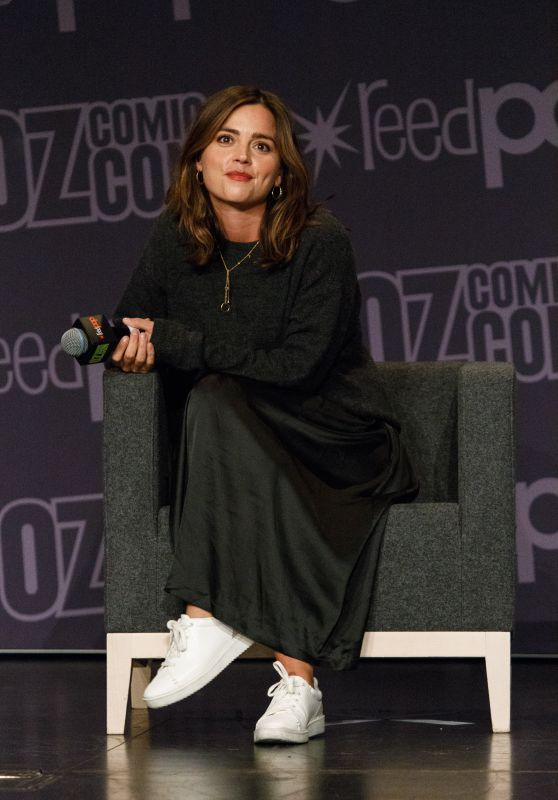 Jenna Coleman Meets Fans at Oz Comic-Con in Sydney 10/01/2017