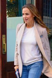 Jennifer Garner Casual Style - Leaving the Greenwich Hotel in NYC