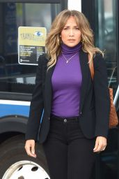 "Jennifer Lopez - ""Second Act"" Movie Set in Queens, NY 10/23/2017"