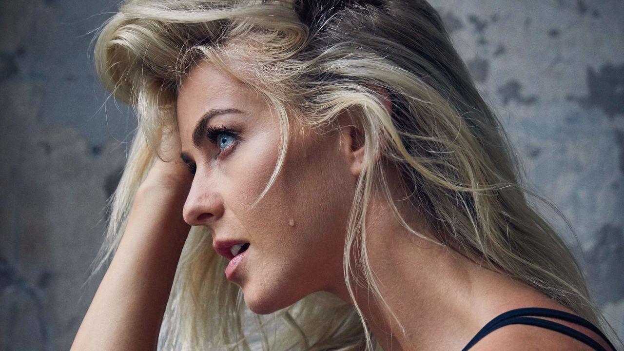 Julianne Hough - Health Magazine November 2017 Cover and Photos