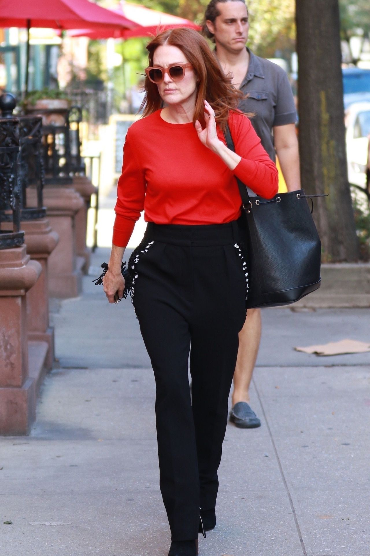 Julianne Moore Casual Style - Running Errands in NYC 10/10/2017