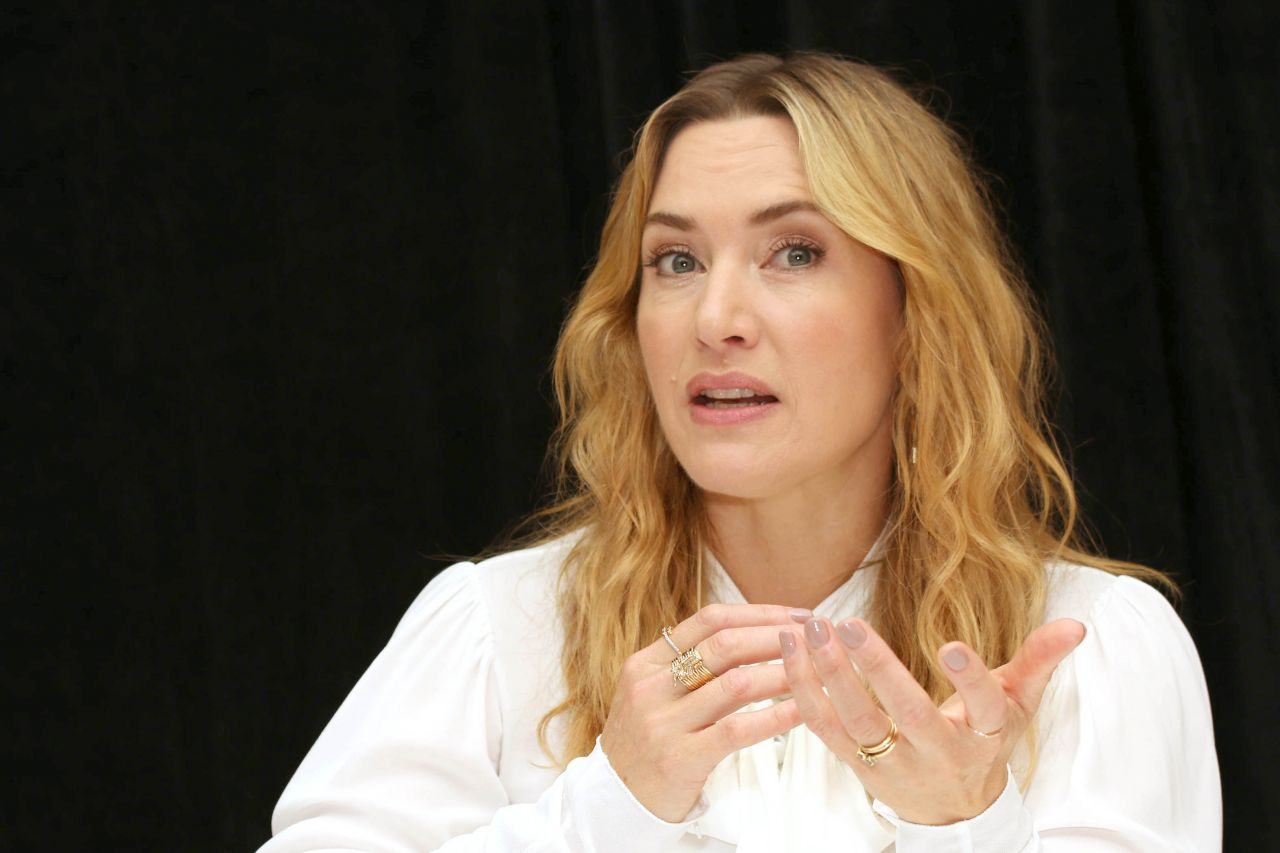 "Kate Winslet – ""Wonder Wheel"" Press Conference in NY 10/14 ..."
