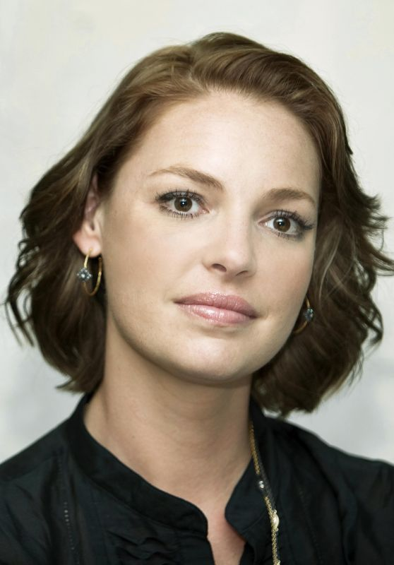 "Katherine Heigl - ""The Ugly Truth"" Press Conference in Beverly Hills"