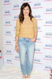 Kathryn Hahn - Kicks-off Febreze LiveNaughtySmellNice Holiday Campaign in LA 10/05/2017