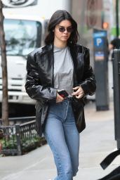 Kendall Jenner in Casual Attire - Heading to an Adidas Photoshoot in NYC 10/24/2017
