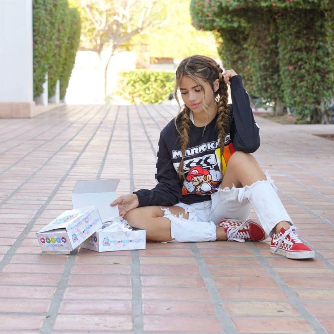 Khia Lopez - Social Media Images 10/11/2017