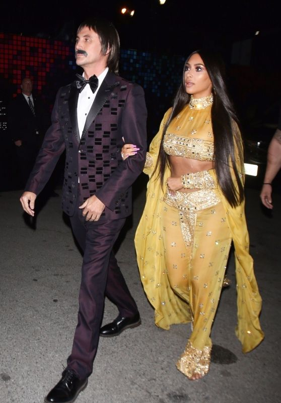 Kim Kardashian – Tequila Casamigos Halloween Bash 2017 in Los Angeles